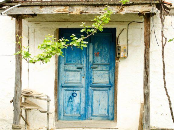 Use Top Wooden Door Maintenance Tips